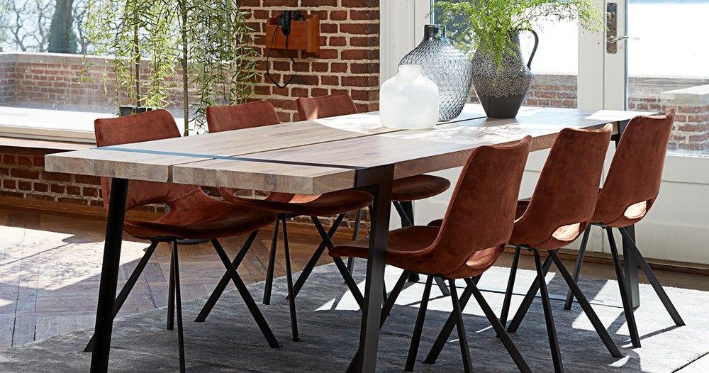 Designová židle Izabella s opěrkami / velur meděná