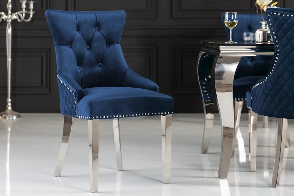 Designová židle Queen Lví hlava samet královská modrá