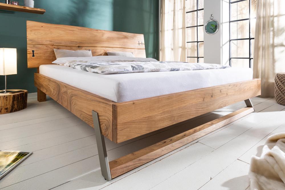 Designová postel Massive 160 x 200 cm akácie