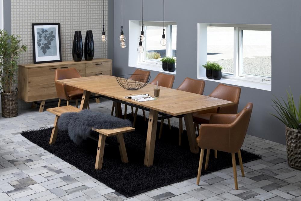 Jídelní stůl rozkládací Nayana 210/300 cm broušený divoký dub