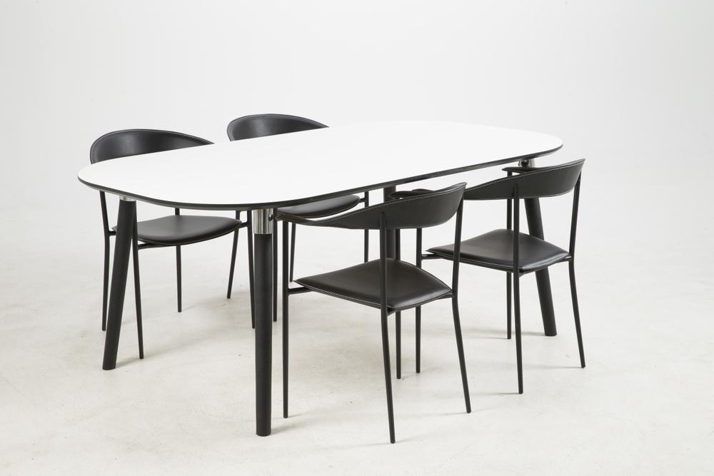 Jídelní stůl rozkládací Nicolina 180/280 cm bílý laminát