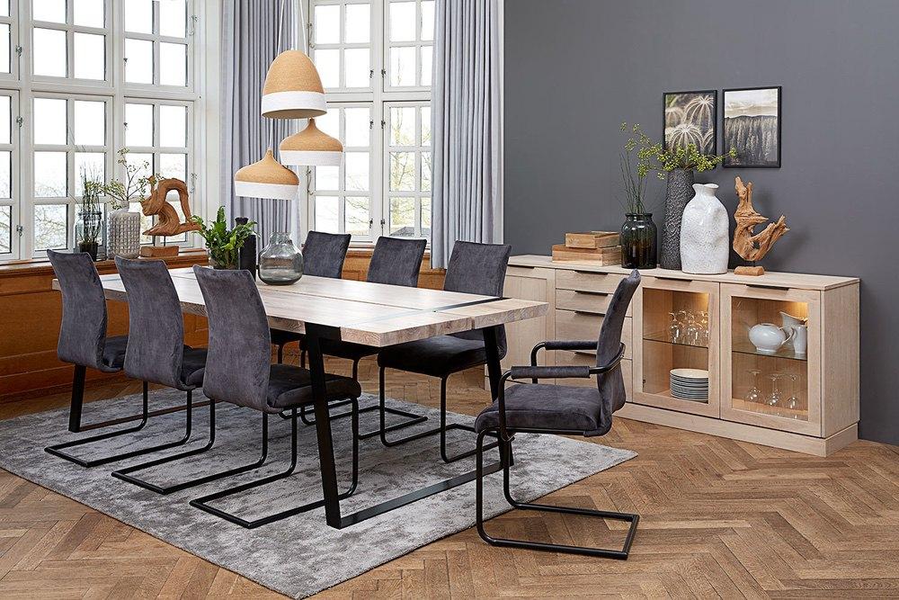 Jídelní židle Gwan / tmavé hnědá