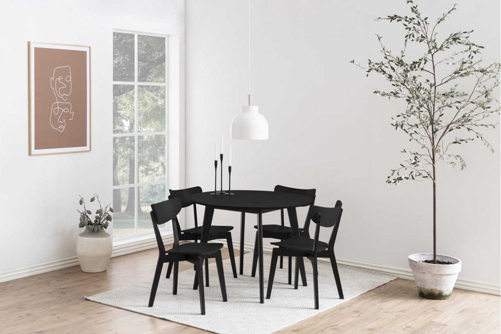 Kulatý jídelní stůl Nieves 105 cm černý