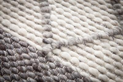 designovy-koberec-rebecca-240-x-160-cm-sedy-3