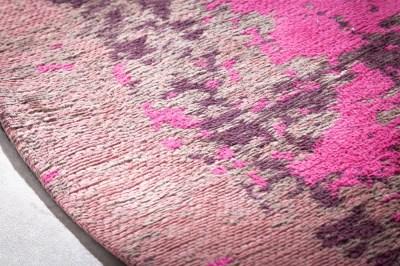 designovy-kulaty-koberec-rowan-150-cm-bezovo-ruzovy-3