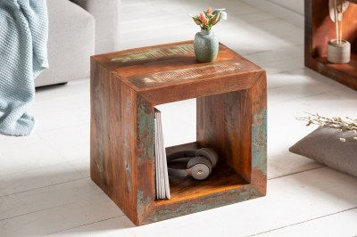 designovy-odkladaci-stolek-jacktar-45-cm-recyklovane-drevo-1